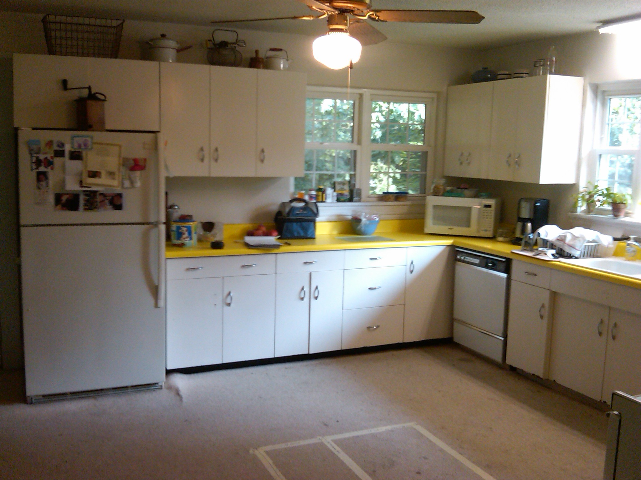 Kitchen remodel before picture by Allen David Cabinetry (980) 722-9186